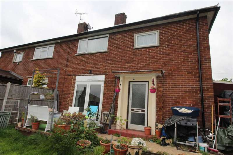 3 Bedrooms Semi Detached House for sale in Barkston Path, Borehamwood