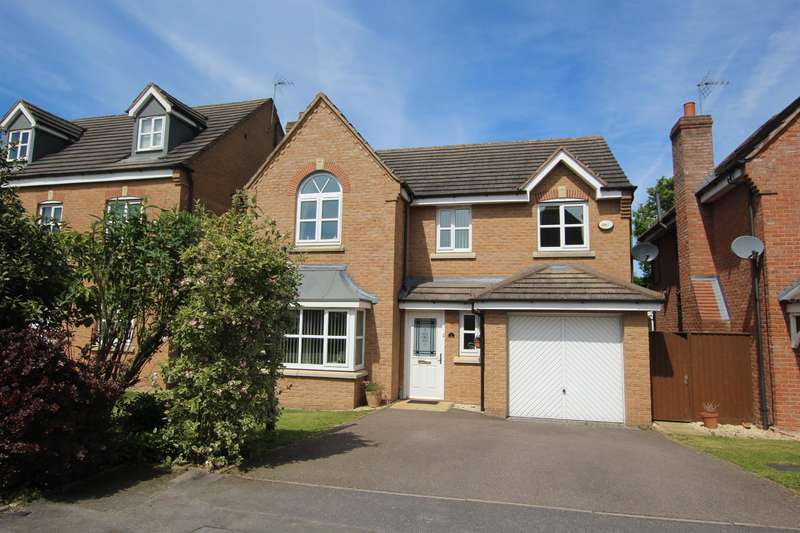 4 Bedrooms Detached House for sale in The Range, Streetly, B74 2BE
