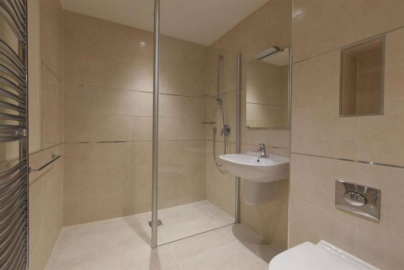 2 Bedrooms Apartment Flat for sale in Beggar Bush Lane, Failand, Bristol