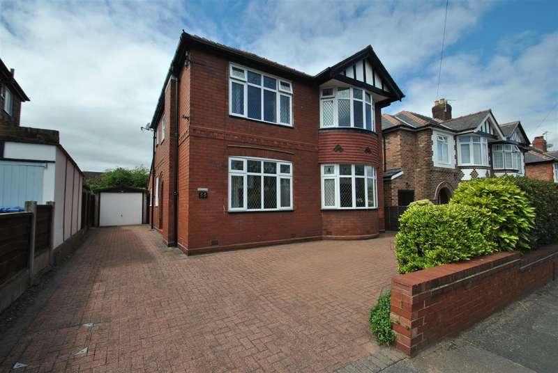 3 Bedrooms Detached House for sale in Albert Road, GRAPPENHALL, Warrington, WA4