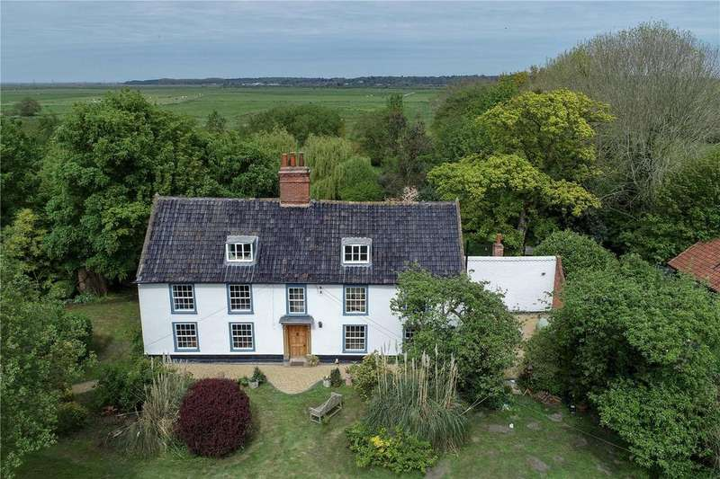 4 Bedrooms Detached House for sale in Thorpe Road, Haddiscoe, Norfolk, NR14