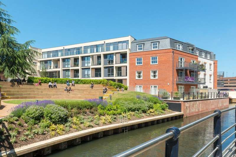 2 Bedrooms Apartment Flat for rent in Chapel Arches, Saint Ives Road, Maidenhead