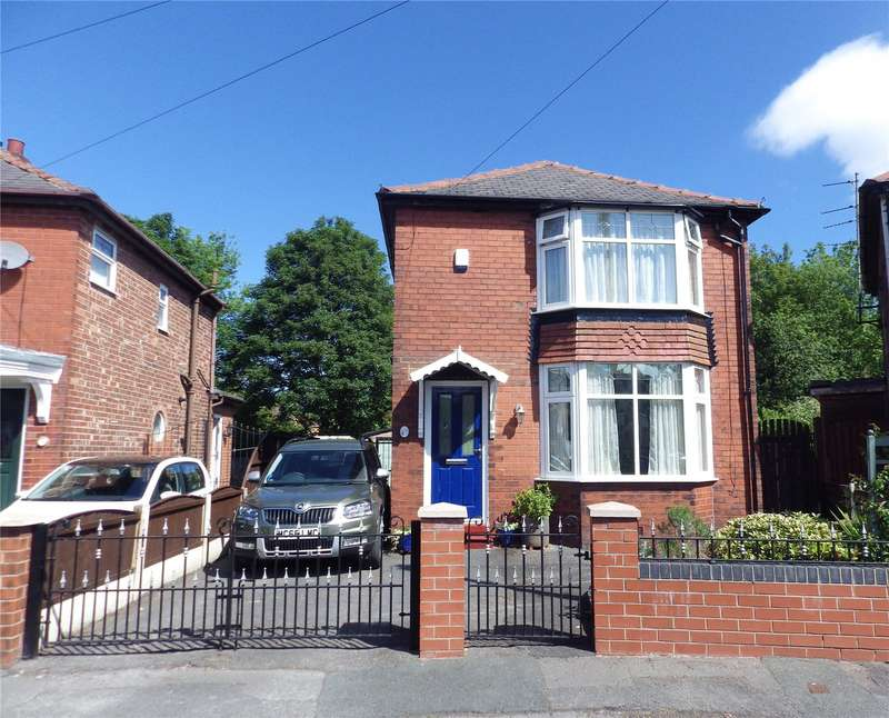 3 Bedrooms Detached House for sale in Waverley Crescent, Droylsden, Manchester, Greater Manchester, M43