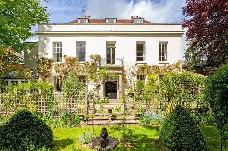 6 Bedrooms Detached House for sale in South Walks, Dorchester, Dorset, DT1