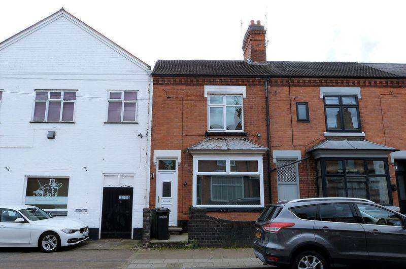 2 Bedrooms Apartment Flat for sale in Central Avenue, Wigston