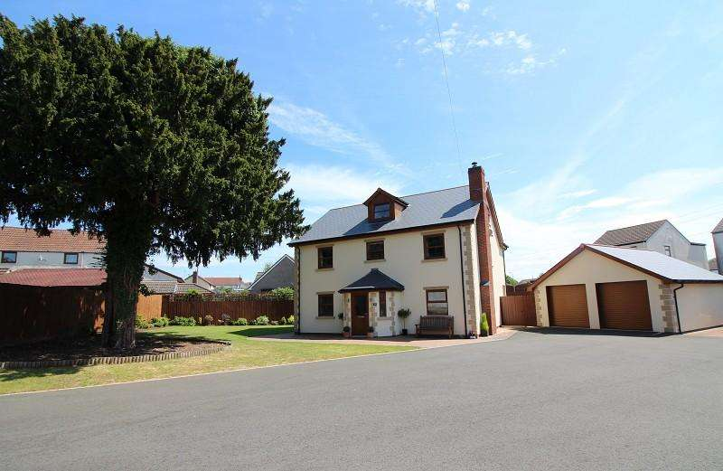 5 Bedrooms Detached House for sale in Main Road, Portskewett