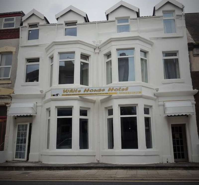16 Bedrooms Hotel Gust House for sale in Hull Road Central Blackpool