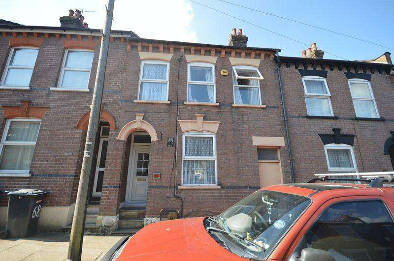 4 Bedrooms Terraced House for sale in Cowper Street.