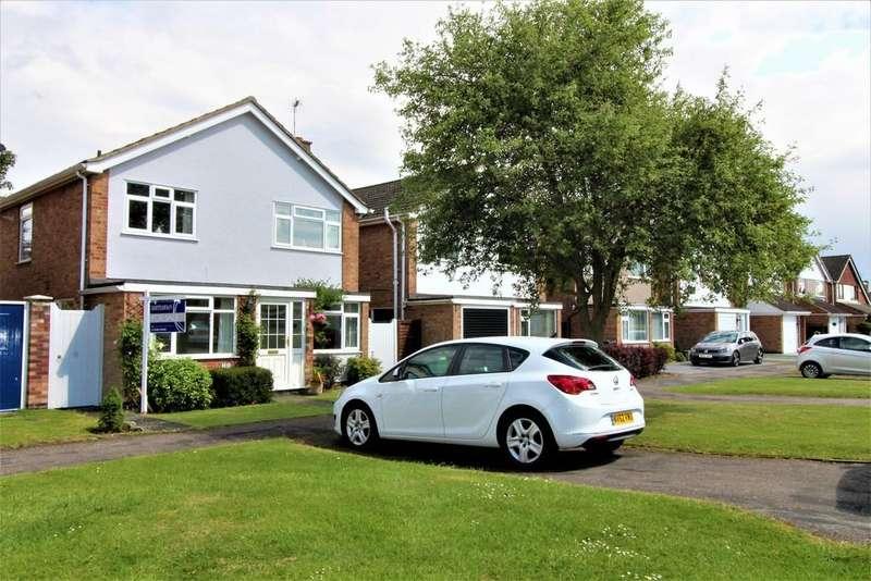 3 Bedrooms Detached House for sale in Elm Avenue, Lutterworth
