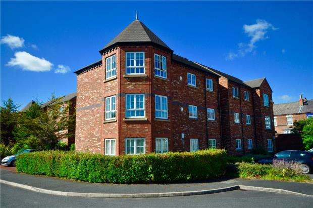 3 Bedrooms Apartment Flat for sale in Thomas Brassey Close, Chester, Cheshire