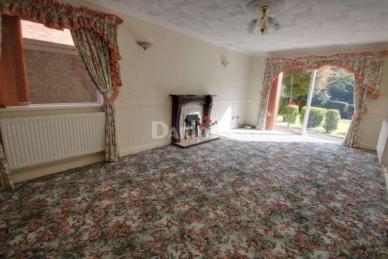 3 Bedrooms Bungalow for sale in Resevoir Road, Ebbw Vale, Blaenau Gwent