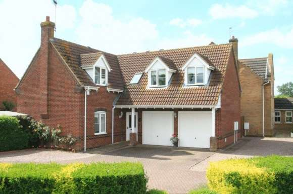 4 Bedrooms Detached House for sale in Spalding