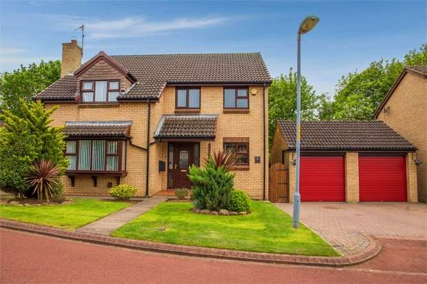 4 Bedrooms Detached House for sale in Paignton Close, Middlesbrough, North Yorkshire