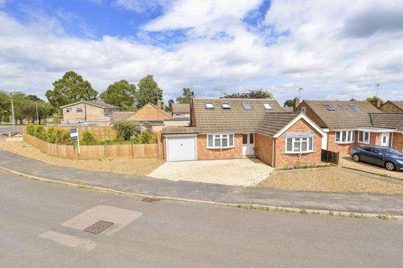 5 Bedrooms Detached House for sale in Logan Crescent, Market Harborough
