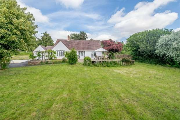 3 Bedrooms Detached Bungalow for sale in Yarford, Kingston St Mary, Taunton, Somerset