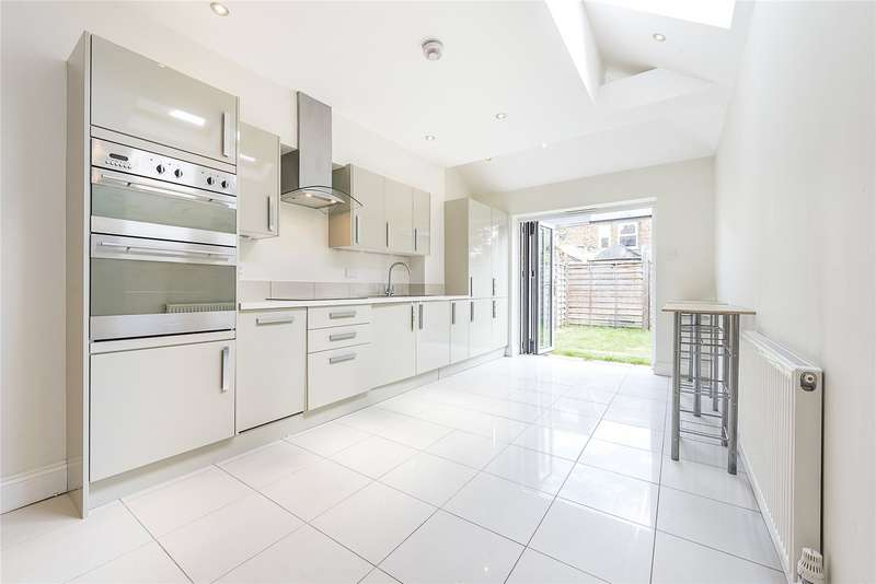 2 Bedrooms End Of Terrace House for sale in Talbot Road, Twickenham, TW2