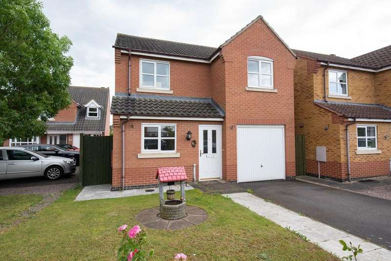 3 Bedrooms Detached House for sale in Livingstone Drive, Spalding, PE11