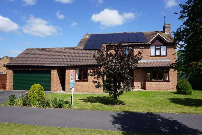 4 Bedrooms Detached House for sale in Grove Drive, Woodhall Spa