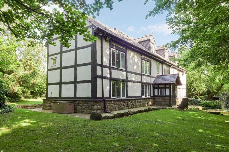 8 Bedrooms Detached House for sale in Philips Park Road West, Whitefield, Manchester, M45