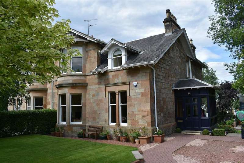 4 Bedrooms Semi Detached House for sale in 24 Bruce Road, Pollokshields, G41 5EF