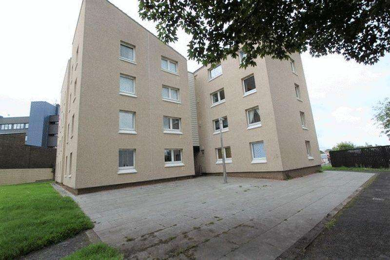 1 Bedroom Apartment Flat for sale in Arran Place, Clydebank