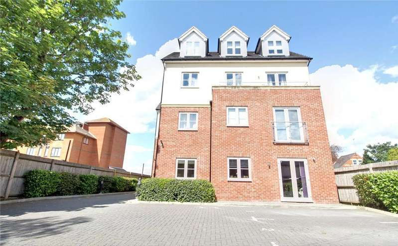 2 Bedrooms Apartment Flat for sale in Flat 1 Chesters Walk, 644 Oxford Road, Reading, Berkshire, RG30