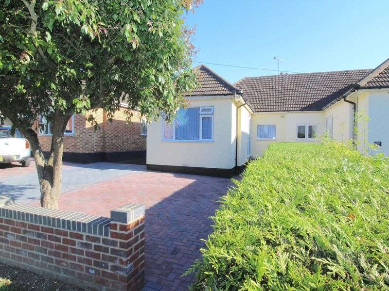 2 Bedrooms Property for sale in Perry Street, Billericay