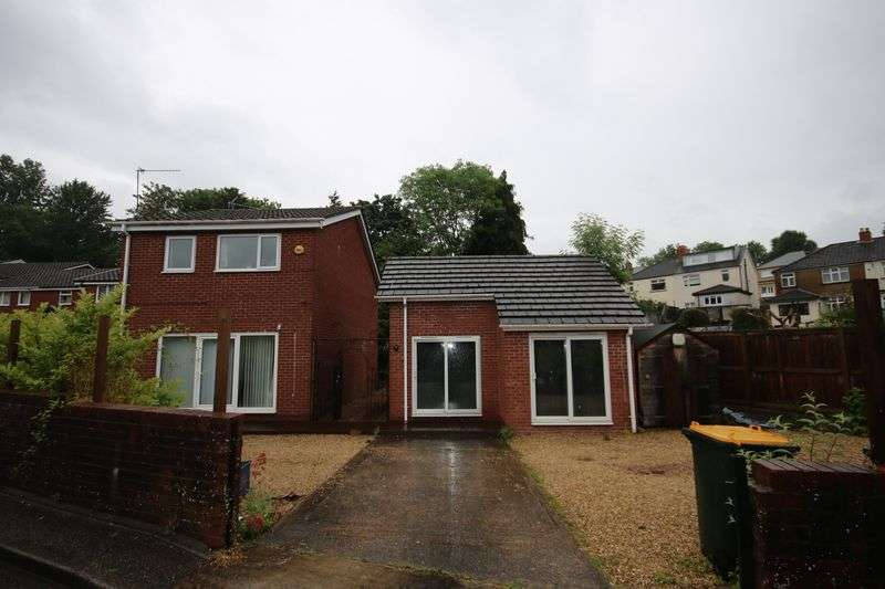 3 Bedrooms Property for sale in Bryn Bevan, Newport