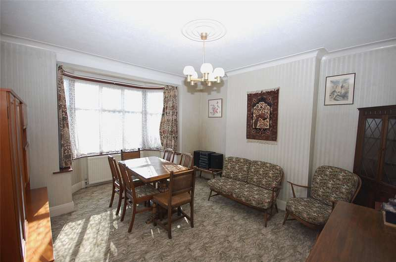 3 Bedrooms Property for sale in Nether Street, Finchley