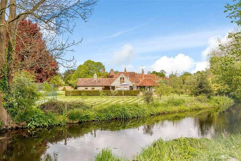 6 Bedrooms Detached House for sale in Village Road, Denham Village, Buckinghamshire