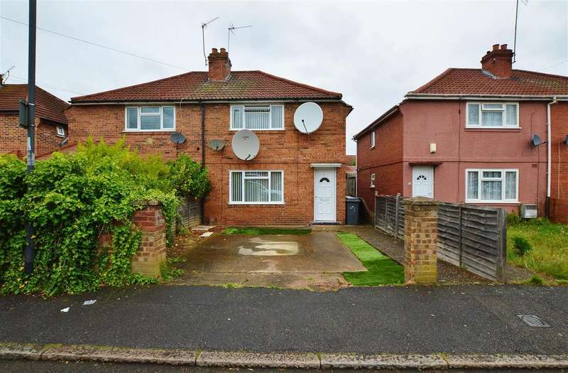 3 Bedrooms House for sale in Surrey Avenue, Slough Berkshire
