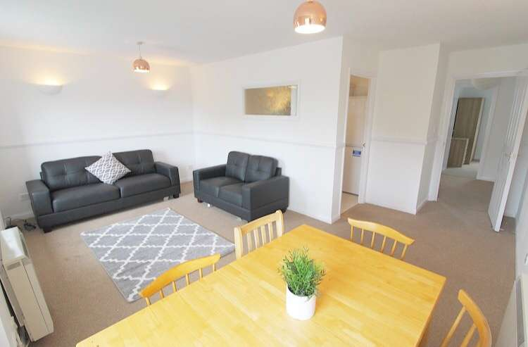 2 Bedrooms Apartment Flat for rent in Upper Parliament Street, Liverpool, Merseyside, L8