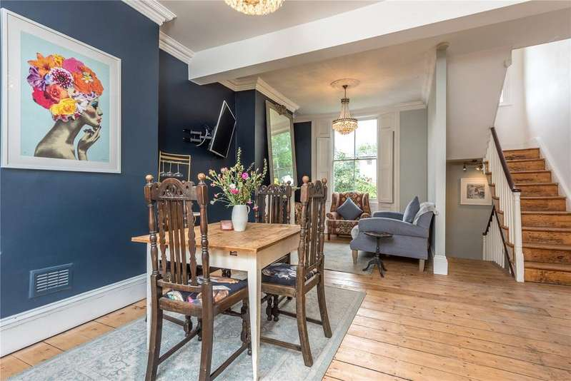2 Bedrooms Terraced House for sale in Wilton Square, Islington, London, N1