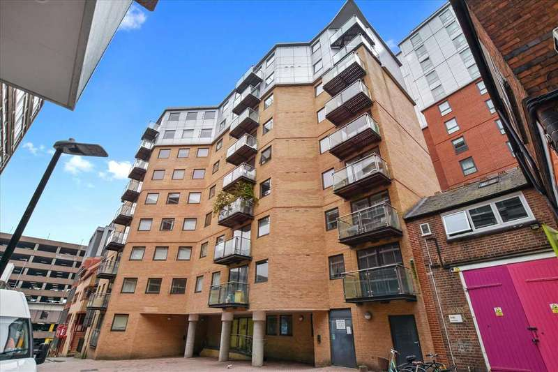 1 Bedroom Apartment Flat for sale in Projection West, Merchants Place, Reading