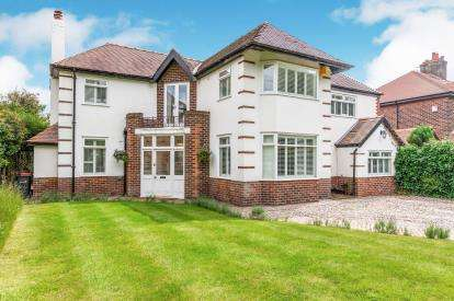 4 Bedrooms Detached House for sale in London Road, Appleton, Warrington, Cheshire