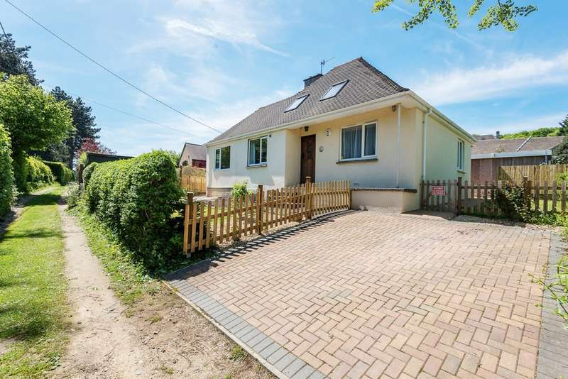 3 Bedrooms Detached House for sale in North Woodchester