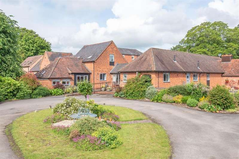6 Bedrooms Barn Conversion Character Property for sale in Kinwarton, Alcester