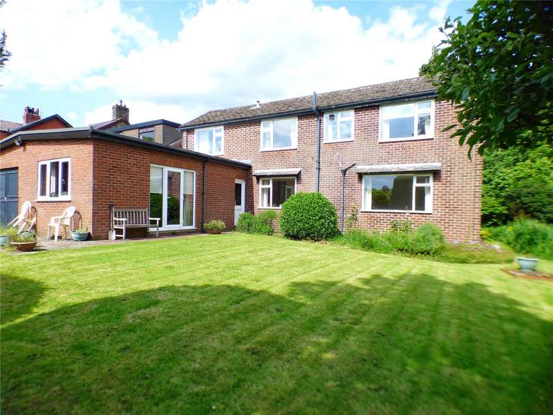 5 Bedrooms Detached House for sale in Carr House Lane, Hollingworth, Hyde, Greater Manchester, SK14
