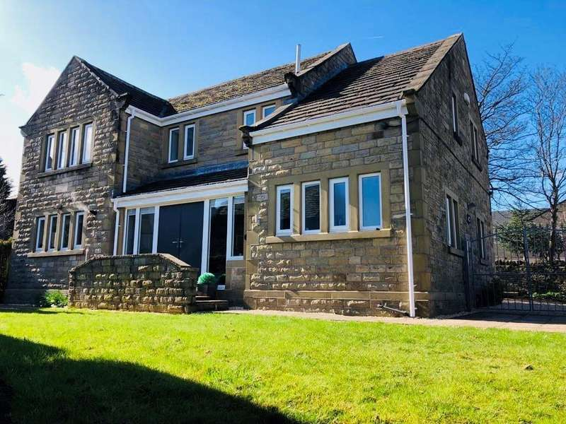 4 Bedrooms Barn Conversion Character Property for sale in Tithe Barn Cottage, Halifax Road, Liversedge