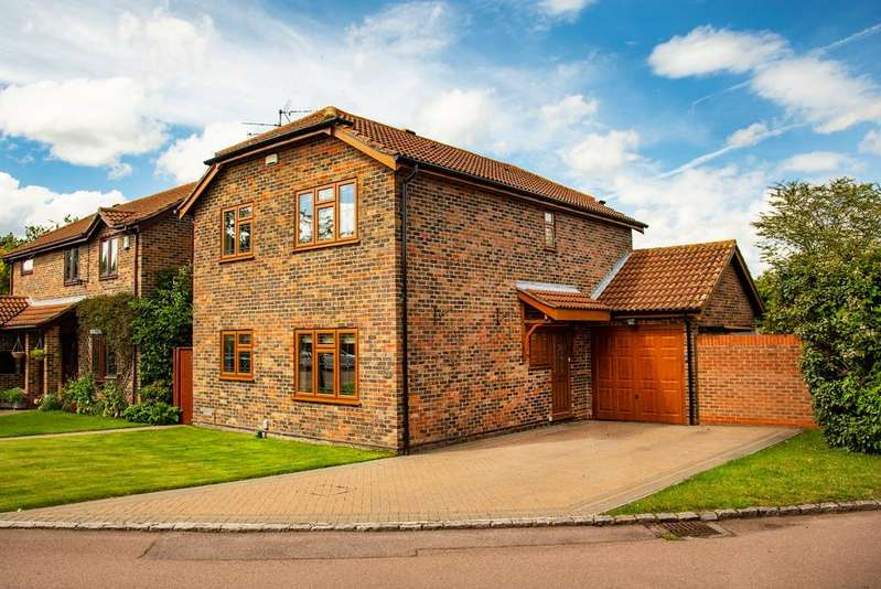 4 Bedrooms Detached House for sale in Kelton Close, Lower Earley, Reading, RG6 3BQ