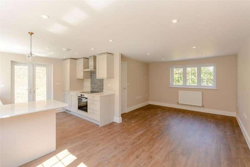 2 Bedrooms House for sale in Newbury Street, Kintbury, Hungerford, Berkshire, RG17