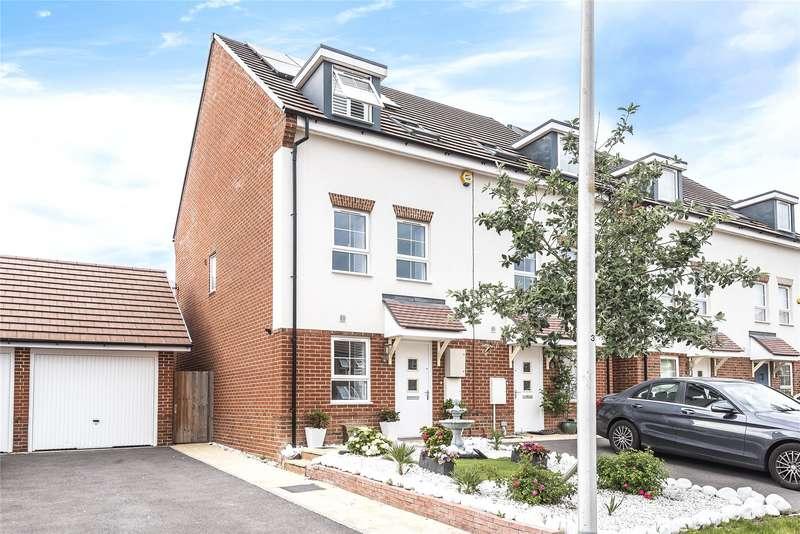 3 Bedrooms Semi Detached House for sale in Planner Walk, Wokingham, Berkshire, RG40
