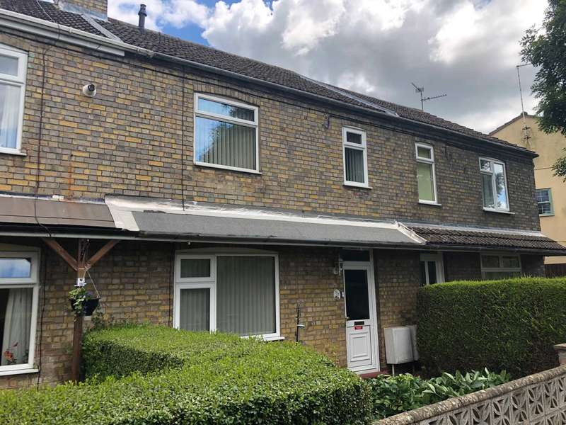 3 Bedrooms Terraced House for sale in West End, March
