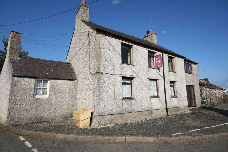 4 Bedrooms Detached House for sale in Dwyran, Anglesey