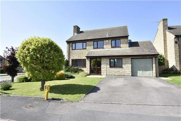 4 Bedrooms Detached House for sale in Meade King Grove, Woodmancote, GL52