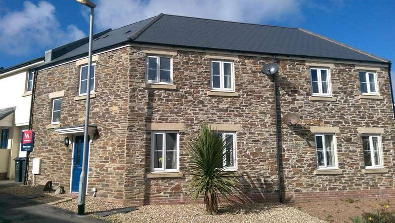 3 Bedrooms Terraced House for rent in Kit Hill View, Launceston