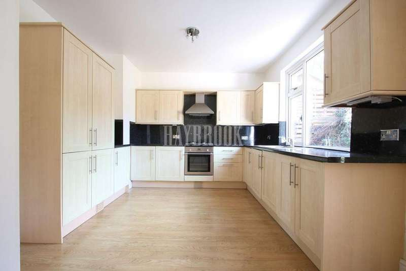 2 Bedrooms Bungalow for sale in Cliffefield Road, Norton Lees, Sheffield