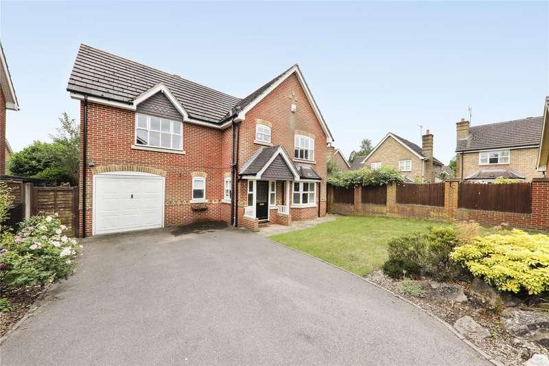4 Bedrooms Detached House for sale in Ayjay Close, Aldershot, Hampshire, GU11