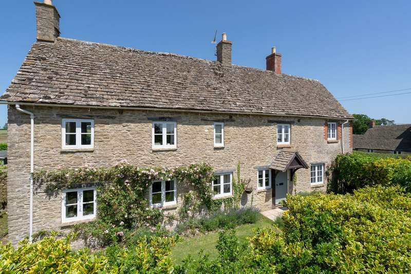 4 Bedrooms Detached House for sale in Long Newnton, Tetbury