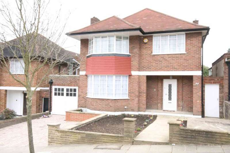 4 Bedrooms Detached House for rent in The Ridings, London